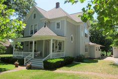 Victorian home in Keytesville, Missouri
