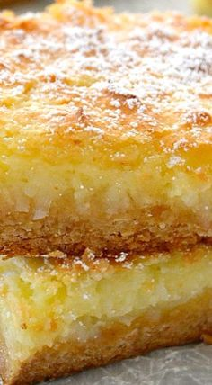 These are just like my most requested Recipe with coconut! These Coconut Cream Pie Gooey Bars are phenomenal! They taste just like a coconut cream pie but without the hassle of making a crust. 13 Desserts, Coconut Desserts, Coconut Recipes, Baking Recipes, Cookie Recipes, Delicious Desserts, Yummy Food, Coconut Bars, Bar Recipes