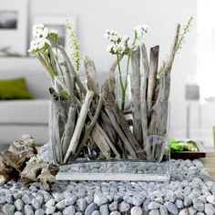 Driftwood #wedding centerpiece idea