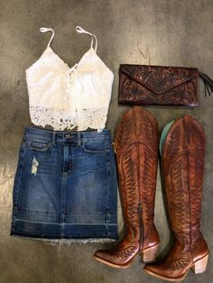 f844e4b4f Girls get this look @elpotrerito Clothing www.aleaccessories.com Boots and  hat www.elpotrerito.com | Shop! in 2019 | Outfits, Country girls outfits,  Country ...