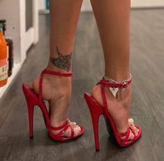 Sexy Legs And Heels, Hot High Heels, Womens High Heels, Ankle Strap Heels, Strappy Heels, Stiletto Heels, Beautiful High Heels, Gorgeous Feet, Talons Sexy