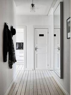Simplistic Entryway.