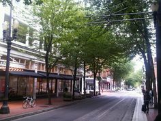 now this is all class- and easily achievable in Hobart. I am also loving the street lights and the lovely black awnings over the shops- oh and of course the tree-lined street!!!