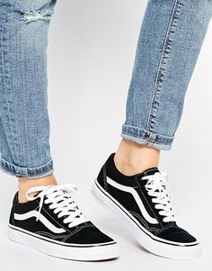 Black Vans Old Skool Classic Trainers