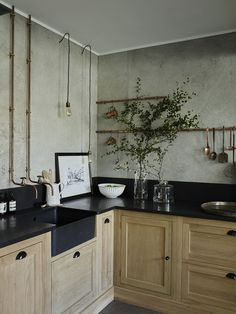 simple and modern style kitchen design for small kitchen decorating ideas or kitchen remodel Home Decor Kitchen, Diy Kitchen, Home Kitchens, Kitchen Walls, Rustic Kitchen, Vintage Kitchen, Kitchen Ideas, Industrial Kitchen Design, Kitchen Designs