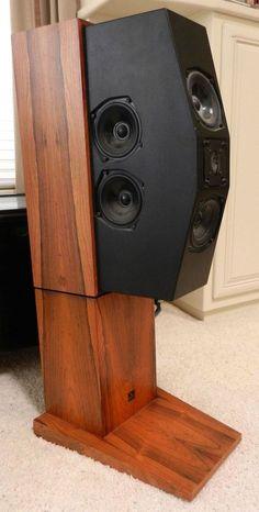 Meridian M10 Tri-Analog Speakers