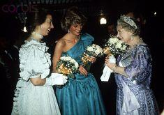 Lady Diana princesse de Galles avec la princesse anne et queen mum