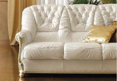 Καναπές-Κρεβάτι Διθέσιος με Χρυσές Λεπτομέρειες CG-105034