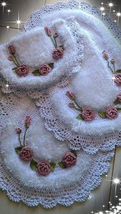 Best 12 New Ideas For Crochet Doilies Diagram Haken – SkillOfKing. Modern Crochet, Crochet Home, Free Crochet, Knit Crochet, Chrochet, Crochet Dishcloths, Crochet Doilies, Crochet Flowers, Crochet Butterfly Pattern