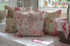 """Ancient and modern times, gently Coconfouato """"patchwork cushion of French antique cloth"""" [antique & miscellaneous goods] antique cross antiq ..."""