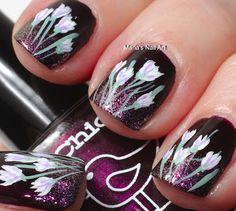 Flower Nails ♥ Source: Marias Nail Art and Polish Blog
