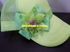 bows and flowers easy headband Just Video, Caps Hats, Margarita, Hair Bows, Hair Clips, Headbands, Girl Outfits, Fancy, Diy Crafts