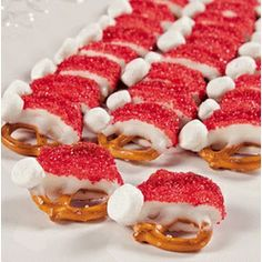 lhow cute are these!   Santa Hat Pretzels