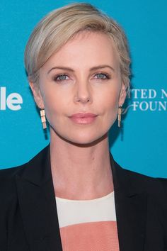 Charlize Theron - The Top Pixie Haircuts of All Time  - HarpersBAZAAR.com