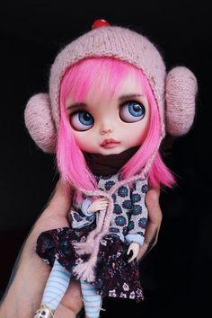 Items similar to Custom Blythe doll - Bubble on Etsy Blythe Dolls For Sale, Bjd Dolls, Doll Toys, Crochet Bunny, Crochet Hats, Art All The Way, Bunny And Bear, Unicorn Cat, Amigurumi Toys