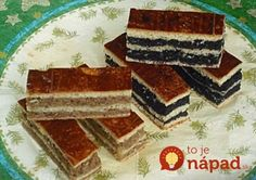 Pochádzam od Trenčína a tento koláčik sme zvykli robiť na sviatky. Ja som recept získala od tety Magdušky, ktorá bohužiaľ už nežije, no vždy, keď urobím tento koláčik s láskou na ňu spomínam. Voláme ho tiež závin na plechu, ale slávnostný závin.
