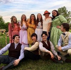 Behind the scenes of episode 6 with the Anne with an E cast Series Movies, Movies And Tv Shows, Jonathan Crombie, Gilbert And Anne, Amybeth Mcnulty, Anne White, Gilbert Blythe, Anne With An E, Anne Shirley