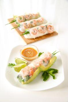 Shrimp and Avocado Summer Rolls (Fresh Spring Rolls) Shrimp Spring Rolls, Fresh Spring Rolls, Summer Rolls, Appetizer Dishes, Appetizer Recipes, Appetizers, Asian Recipes, Healthy Recipes, Ethnic Recipes