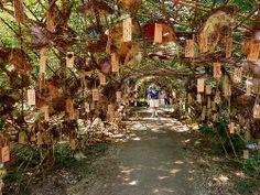 kunstwerk van Will Beckers als inspiratie voor een gedenkboom
