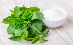 Stevia has zero calories and a glycemic index of zero. Learn about the benefits of using stevia to create natural sugar free desserts. What Is Stevia, Healthy Sugar Alternatives, Best Sugar Substitute, Le Psoriasis, Bebidas Detox, Low Carb Dessert, Low Carb Sweeteners, Lower Blood Sugar, Herbs