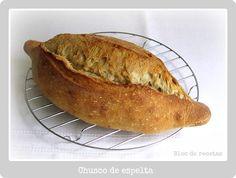 Pan trenzado y chusco de espelta, dos panes con una masa