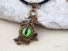 Green dragon eye necklace/Wire wrapped pendant/Eye necklace/Mens necklace/Mens gift/Gift for him/Evil eye necklace/Gifts/Gift for her by Ianira on Etsy