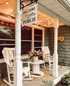 Welcome to porch! 👏 We bet a lot of sunsets are watched here and all of the of July fireworks. 🎆    Yes, we can see it now with a fresh glass of iced tea. ☺️😎   TAG a friend who loves a good front porch Small Front Porches, Farmhouse Front Porches, Decks And Porches, Country Porches, Diy Front Porch Ideas, Fromt Porch Ideas, Country Porch Decor, Summer Front Porches, Front Porch Makeover