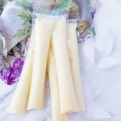 Pineapple whip ice pops 1 cup Milk 1 cup of frozen pineapple chunks 1/2 cup ice 2 tablespoons of agave nectar