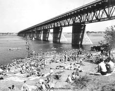 Swimming at Jacques Cartier Bridge, 1940 Jacques Cartier, Old Montreal, Montreal Quebec, Old Pictures, Old Photos, Entertainment Sites, Photo Vintage, Belle Villa, Old City