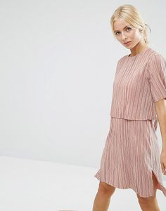 Double layer t-shirt dress in plisse by Asos. Dress by ASOS Collection, Pleated slinky fabric, Round neckline, Double layer design, Short sleeves, Side splits, Reg...
