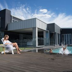 What does your dream home look like? Browse our Feature Homes and How To articles and discover how cladding and weatherboards create beautiful, individual Looks on new and renovated homes. External Cladding, Big Design, Wall Cladding, Australian Homes, New Builds, Architecture Design, Challenges, Design Inspiration, Walls