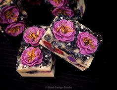 Soap & Restless: Pipping Flower Soap Video At Last