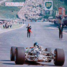 Belgian GP 1967  Jim Clark & Lotus ❤️⛽️ #spa #eaurouge #petrocamp