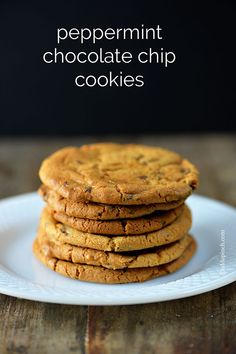 Peppermint Chocolate Chip Cookies | ©addapinch.com