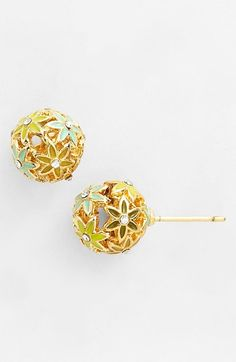 These are SUCH cute stud earrings!!!!!