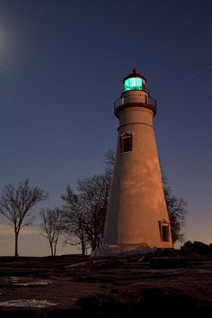 The Marblehead Lighthouse ~ Another incredible photo by heathergrill via Flickr
