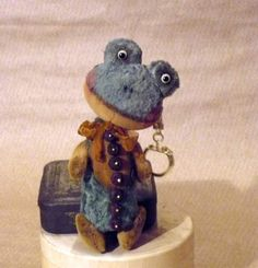 Teddy Frog Lava! Mini! LuckyCharmsKids! by Mara+Grishina