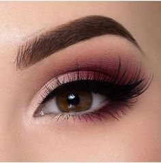 11 Makeup Techniques To Make Small Eyes Look Bigger - Beautiful rosy brown smokey eye make up look #glam...x