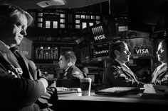 Philip Montgomery PJ'10 won the PDN Photo Annual Award for Magazine/Editorial. #ICPalumni 📷 A portrait of GTS traders at the New York Stock Exchange in Manhattan.
