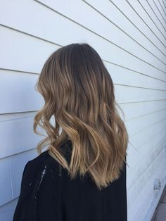 Long Wavy Ash-Brown Balayage - 20 Light Brown Hair Color Ideas for Your New Look - The Trending Hairstyle Brown Ombre Hair, Balayage Hair Blonde, Brown Blonde Hair, Light Brown Hair, Brunette Hair, Blonde Honey, Bronde Balayage, Medium Blonde, Brunette Color