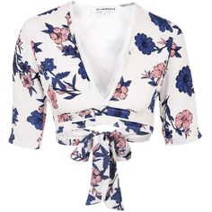 TOPSHOP **Tie-Back Crop-Top by Glamorous ($29) ❤ liked on Polyvore featuring tops, multi, white top, tie back top, flower print top, tie crop top and white short sleeve top