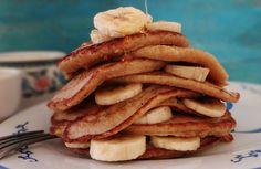 Het recept voor deze heerlijke, healthy havermout pannenkoeken met honing & banaan kregen we doorgestuurd van…