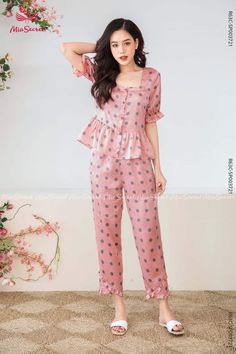 Night Suit For Girl, Girls Night Dress, Night Dress For Women, Indian Fashion Dresses, Girls Fashion Clothes, Fashion Outfits, Cute Night Outfits, A Line Skirt Outfits, Cute Maternity Dresses