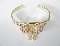 CHANEL bracelet cuf bangle elegant, vintage and also extravagant Pink Gold bangle Pink And Gold, Rose Gold, Chanel Bracelet, Silver Bangles, Gold Rings, Elegant, Bracelets, Vintage, Jewelry