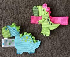 Mini Dinosaur Ribbon Sculpture Hair Clip by EllaBellaBowsWI Ribbon Hair Clips, Ribbon Art, Ribbon Hair Bows, Diy Hair Bows, Diy Ribbon, Ribbon Crafts, Diy Bow, Flower Crafts, Ribbon Flower
