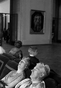 Louvre Museum (by Ferdinando Scianna). I guess that's why we don't see comfy couches in museum galleries these days!