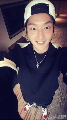 (12) Twitter - Lee Joon Gi
