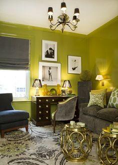 Séjour aux murs en vert anis pour cette deco maison