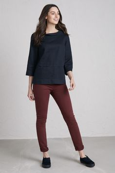 81d17e111c182 Essential women's jeggings in softly coloured washed cotton twill with a  hint of stretch. Outfit