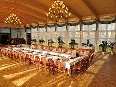Zamek Dubiecko, sale konferencyjne na 300 osób. Na zdjęciu - sala konferencyjna - oranżeria. #konferencjepolska, #konferencjewgórach